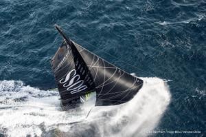 Sailingaerialhugo_9